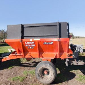 jumil-fertilizer-spreader-www.meltoncompost.co.za
